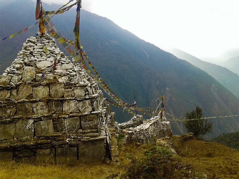 shaman-spiritual-trek-langtang-gosainkund