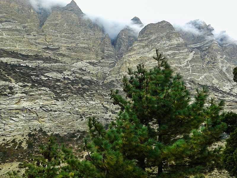 the-hidden-valley-of-the-annapurna-nar-phu
